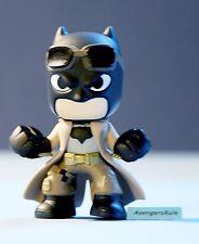 Batman V Superman Funko Mystery Minis Vinyl Figures Batman Coat