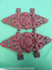 2 plaques fonte décoré ajouré peint rouge ancien décoration portail lit 38,5 cm