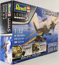 Revell 1:32 00452 Junkers JU-88 A-4 - Technik + Lights Model Aircraft Kit