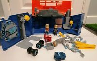 Rusty Rivets Lights And Sounds Rivet Lab With Figures And Accessories.  Working