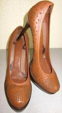 BURBERRY BROWN STUDDED LEATHER ROUND TOE PLATFORM PUMPS Sz 40 / 9.5-10 US RT$550