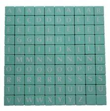 Figuritas BLANCO LETRAS COMPLETO SET 100 piezas plástico Vintage Verde Teñido