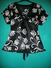 Ladies Size 14 Black/White Floral Satin Short Sleeved Tunic by E-Vie Collection