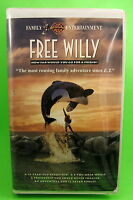 Free Willy VHS WB Orca Movie Jason James Richter Lori Petty Michael Madsen 1993