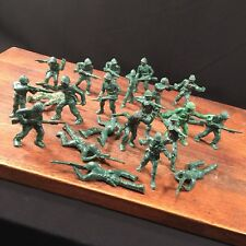Vintage Army Men Lot (23) Plastic Toy Soldiers Unmarked Blood PRIORITY MAIL
