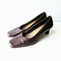CLARKS Brown Leather Court Shoes Block Medium Heel Slip On Size UK 7 D EU 40 VGC