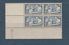 timbre France bloc de 4 coin daté  secours national  bleu   num: 498  **