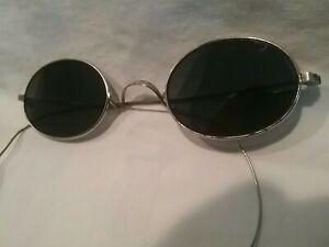 Antique circa 1895-1910 American Optical Wire Frame Flat Lens Sunglasses   Rare