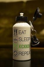 Kickboxer regalo EAT SLEEP KICKBOX Bottiglia D'Acqua Regalo Di Compleanno Sport Accessorio bianco