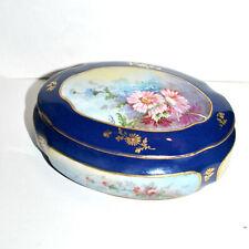 Bonbonnière - boite en porcelaine de LIMOGES - fleurs 1900 peint main F. QUINQUE