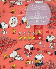 Snoopy & Woodstock, Schulz, Vintage Happy Valentine's Day Gift Wrapping Paper
