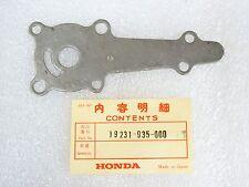 Honda NOS New 19231-935-000 Impeller Cover  B75 B 75 4 Stroke Outboard