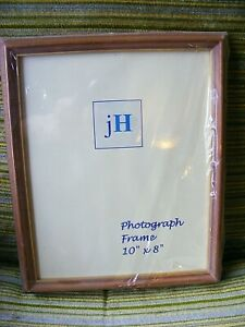 """Natural Wood & Gold Traditional Style Glazed Picture or Photo Frame. 10"""" x 8"""""""