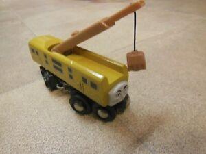wooden brio thomas the tank engine - crane train