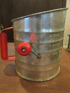 VINTAGE FLOUR SIFTER 5 CUP PERFECT VISIBLE MEASURE RED KNOB & HANDLE  U.S.A.