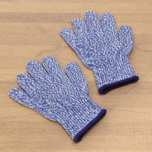 1 Pair of Kids Safety Anti-cutting Protective for Slicing