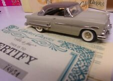 Collector's Classics 1953 Ford Hardtop #18954 signed w/certificate Argentina New
