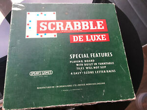 VINTAGE SCRABBLE DELUXE BY SPEARS C.1970'S - COMPLETE