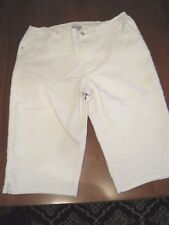 NWOT Catherine White Capris Size 26W 75%/24%/1%Cotton/polyester/spandex