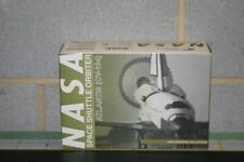 Dragon Wings 1:400 NASA Space Shuttle Atlantis (55619) Die-Cast Model Rocket