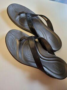 Crocs Women's Sandals Leather Flip Flops Size 10 Black Thong Dual Comfort NICE