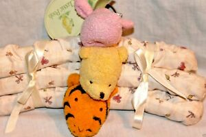 NEW CLASSIC WINNIE THE POOH 3 PIECE PADDED HANGERS GIFT SET, TIGER, PIGLET, POOH