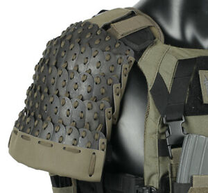 1 Pair Tactical Vest Stainless Steel 500D Nylon Shoulder Guard Protector Armour
