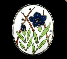BLUE FLOWER On WHITE Cloisonne Enamel BROOCH Vintage Pin Goldtone Oval Japan