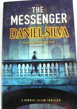 The Messenger - A Gabriel Allon thriller by Daniel Silva (trade paperback) - VGC