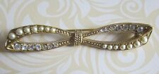 PRETTY PRE-LOVED GOLDTONE METAL BOW BROOCH w FAUX PEARLS & CLEAR DIAMANTES