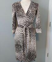 Diane Von Furstenburg Size 2 Wrap Dress Black & White Geometric Print 100% Silk