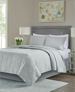 Full / Queen Size Madison Park Noel 3-Piece Coverlet Grey Set Cotton SEALED New