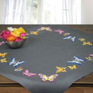 Stickpackung Spannstich Mitteldecke grau Schmetterlinge mit Garn,vorgedruckt