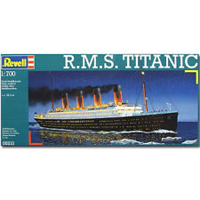 REVELL R.M.S. Titanic 1:700 Model Kit Ships - 05210