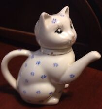 Vintage Chinese Collectible Ceramic Blue & White Cat Teapot