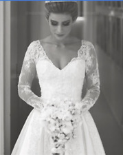 V Neck Long Sleeves V Neck Wedding Dress Lace Appliques Bridal Gown White Custom