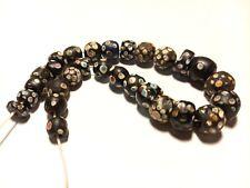 28 anciennes perles de Venise 1800/1850 Afrique trade beads