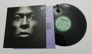 LP, Miles Davis, Tutu,  Warner Bros. 9 25490-1, 1986, VG to VG+