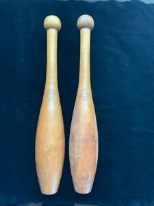 Antique Pair Wright & Ditson 1 Pound Maple Juggling Pins