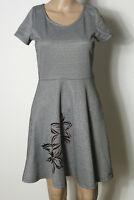 SMASH Kleid Gr. S schwarz-weiß kurz/mini Muster Shirt Kleid mit Samt Blumen