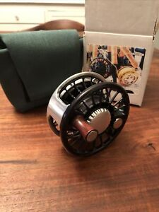 Charlton Mako 9500 Fly Reel, Type III Anodized 8s Spool - EX+++ Only Used 2 Days