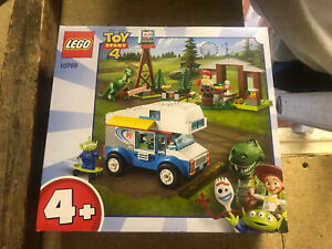 Lego Toy Story 4 10769 RV vaction truck with jessie, alien, rex & forky new