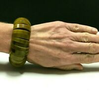 Vintage WIDE Olive Green LUCITE Stretch/Expansion Bracelet Chunky Domed zz142o