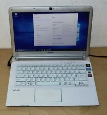 "Sony Vaio SVE14A1M6EW 14"" 500GB ,Intel Core i3 2,30ghz, 4gb gráfica Radeon"