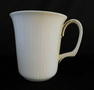Royal Albert Val D'Or MUG 1 of 3 available AS-IS