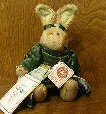 Boyds Plush #9150-16  EMILY BABBIT Spring 01 NEW/Tag From Retail Store, Rabbit