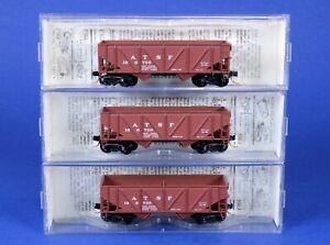 Lot of 3 Kadee Micro-Trains N Scale ATSF 33' Twin Bay Hopper Cars 57010