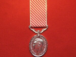 FULL SIZE AIR FORCE MEDAL AFM GVI MUSEUM COPY MEDAL WITH RIBBON