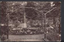 London Postcard - Old English Garden, Peckham Rye Park    T1531