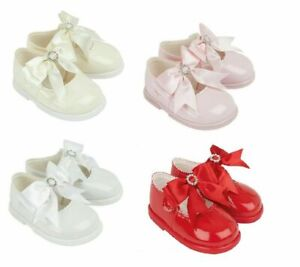 SPANISH STYLE BAYPOD BABY GIRLS PATENT SHOES WITH BOW & DIAMANTE HARD SOLE SHOES